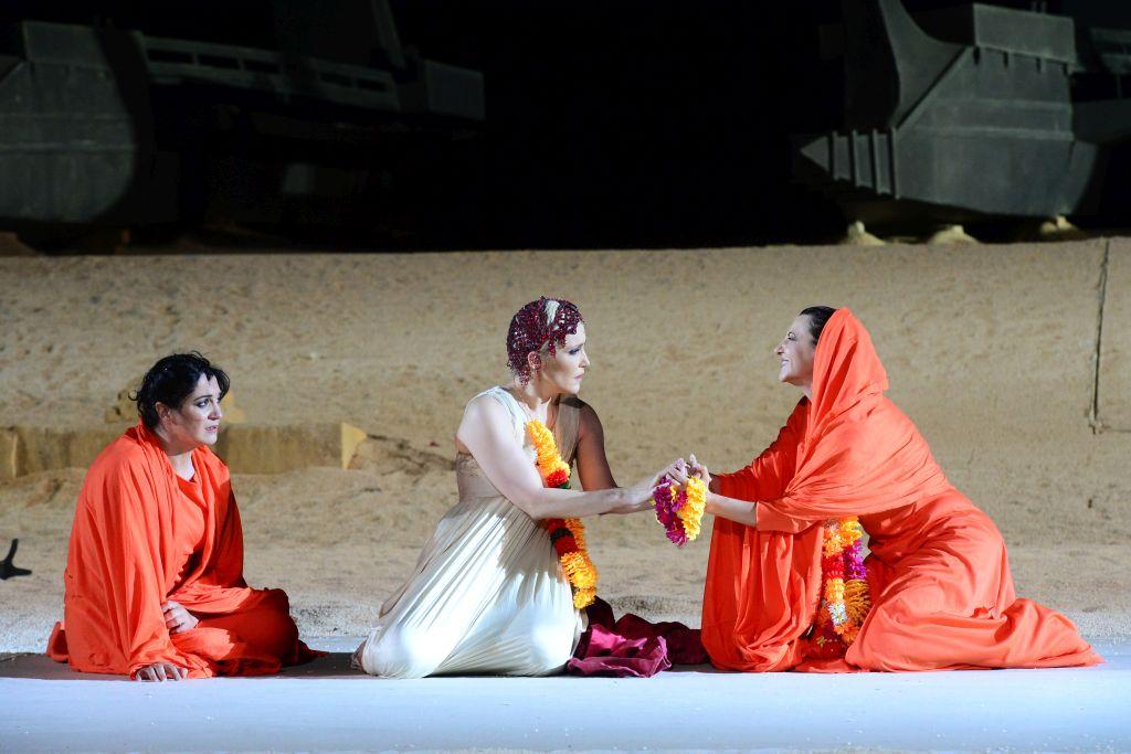 Ifigenia in Aulide,Francesca Ciocchetti , Elena Ghiarov, Deborah Zuin-ph Tommaso Le Pera