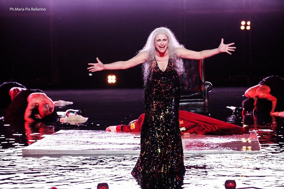 Elena di Euripide, lo spettacolo con la regia di Davide Livermore