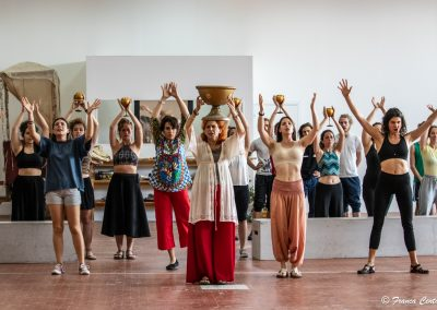 Le prove: Elisabetta Pozzi e Coro - ph. Franca Centaro