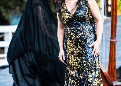 Laura Marinoni (Elena) e Federica Quartana (Corifea) - ph. Franca Centaro