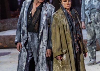 Maddalena Crippa (Ecuba) e Graziano Piazza (Menelao) - ph. Franca Centaro