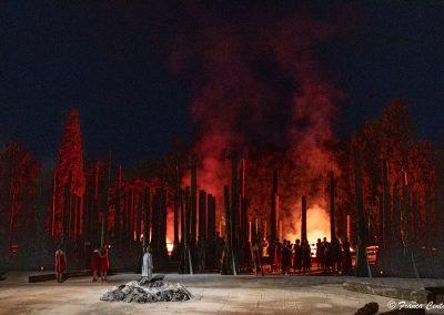 Scena finale: Troia brucia - ph. Franca Centaro