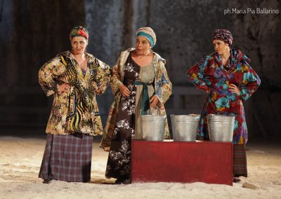 Simonetta Cartia (Nicodice), Tiziana Schiavarelli (Stratillide) e Silvia Salvatori (Calice) - ph. Maria Pia Ballarino