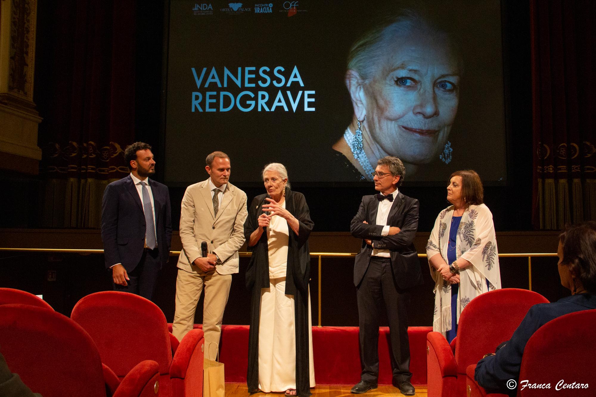 Vanessa Redgrave Eschilo d'oro 2019: le foto della conferenza stampa e della serata al Teatro comunale di Siracusa