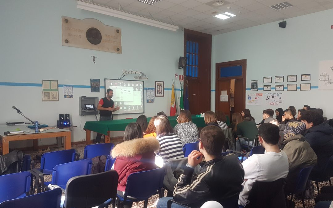 Gli studenti dell'Istituto Rizza disegnano il manifesto del Festival dei giovani a Palazzolo Acreide