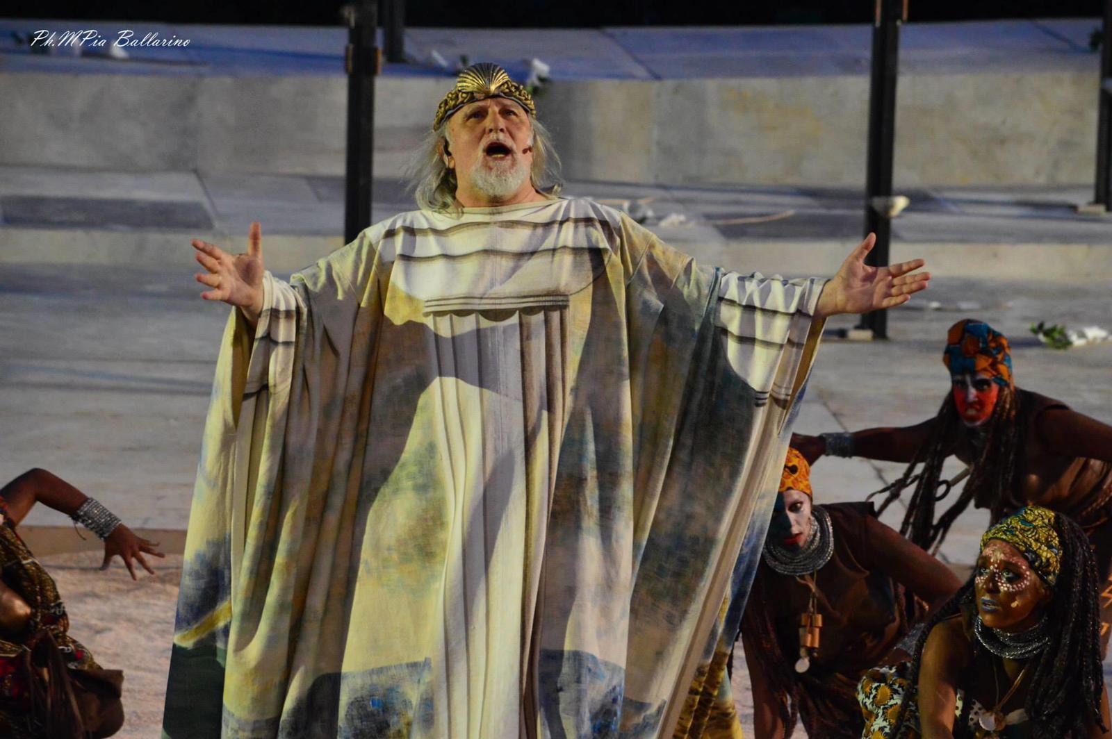 "Antichi pensieri, Moni Ovadia: ""Il teatro"""