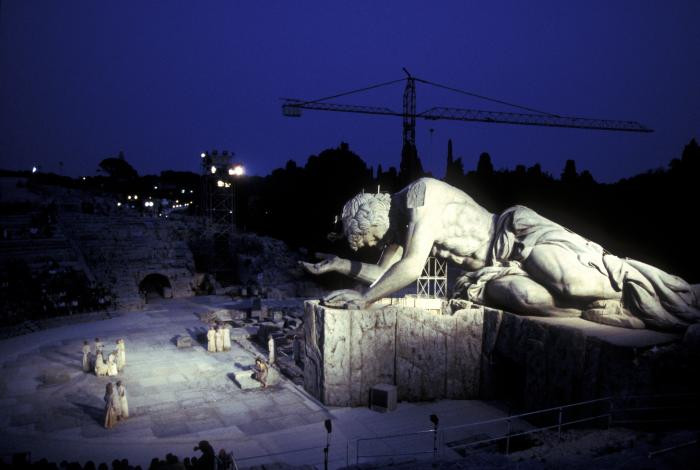 Il mito nel teatro di Luca Ronconi – Siracusa 2002: diretta Facebook venerdì 29 gennaio alle 18